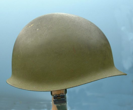M1 military helmet has been used to contain explosions from hand-grenades