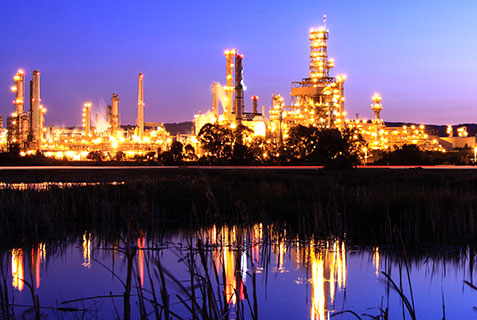 Oil & Gas refinery at night